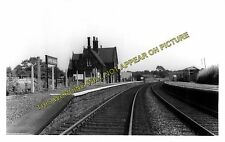 Appley Bridge Railway Station Photo. Gathurst - Parbold. Wigan to Burscough. (2)