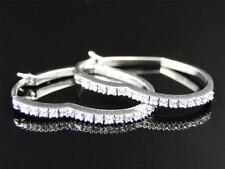 10K Womens Ladies White Gold Rounnd Cut Diamond Heart Hoops Earrings