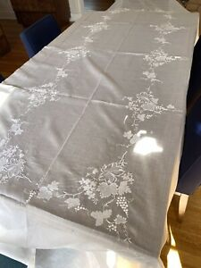 Vintage MADEIRA White Appliqué , EMBROIDERED Organdy Tablecloth LARGE 64x136