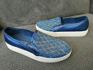 Skechers Street air cooled memory foam comfort shoes blue sparkle size 6.5