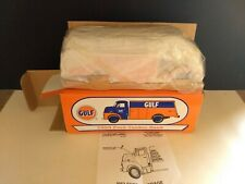 1953 Ford Tanker Gulf Bank Die Cast Ertl Collectibles #19082. Brand New.