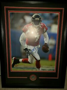 Michael Vick Signed Custom Framed 16x20 Photo