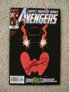 Marvel Avengers #19 (1999) SIGNED George Perez -  Black Panther / Ultron -- NICE