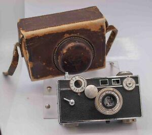 1940s - Argus C3 Brick 35mm Film Rangefinder Camera - Rare S/N