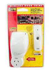 HPM Power Operated Plug In Wireless Door Chime Up to 70 metres Range D641/PILR