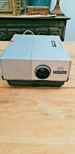 BRAUN NURNBERG Paximat International 1750 German 35 mm Slide Projector COLLECTIB