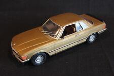 (?) Mercedes-Benz 500 SLC 1:24 Gold (Built Kit) (JS)