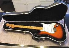 1997 Fender American Stratocaster Strat Guitar With SKB Hardshell Case EX cond