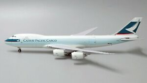 Cathay Pacific Cargo Boeing 747-8F Interactive B-LJF JC Wings EW4748010 1:400