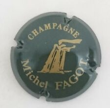 capsule champagne FAGOT michel n°7 vert foncé et or