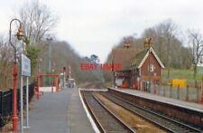 PHOTO  1990 BETCHWORTH RAILWAY STATION VIEW EASTWARD TOWARDS REDHILL: EX-SE&CR R