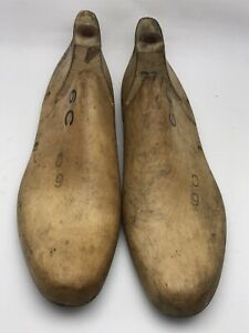 VINTAGE PAIR Wood Size 6 C 758 L Industrial Shoe Factory Last Mold By Morton