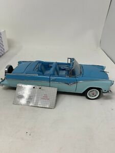 1955 Ford Sunliner Convertible 1/24 Die Cast Franklin Mint Blue