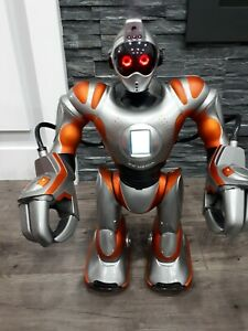 Robosapien RS Media Robot Large 2006 Orange Wow Wee Android No Remote Not Tested