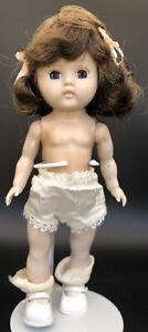 "Ginger Cosmopolitan Basic 8"" Doll Molded Lash SLW"