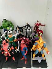 Action Figure Eroi Fumetti 40 Statuine Marvel 3D Iron Man Thor Capitan America