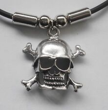 Choker #1452 SKULL & CROSSBONES (25mm x 24mm) X BONES Rubber Necklace PENDANT