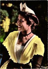 CPM  - Costume provencal du Pays d'Arles, costume de Mireille (216168)