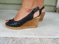 ERIC MICHAEL Black Weaved Leather Peep Toe Wedges Heels Shoes Sz 6.5 M