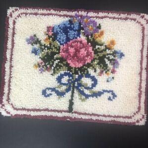 Vtg Handmade Latch Hook Rug 23x18 Unbound Floral Bouquet White Background Mauve