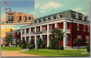 1940s Horse Cave, Kentucky Postcard NEW OWENS HOTEL Roadside / Curteich Linen