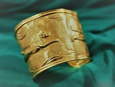 ZOLOTAS GREECE 22K YELLOW GOLD LION MAGNIFICENT HAMMERED CUFF