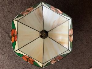 Beautiful Large Tiffany Style Down Lighter