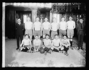 Catholic University basketball,1920,Students,Children,National Photo Compa 3894