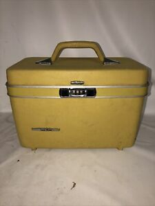 Vintage Sears Travel Master Yellow/Green hard suitcase w/code