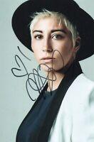 Foto Autografo Autografata Malika Ayane Signed Photo Italian Singer Music