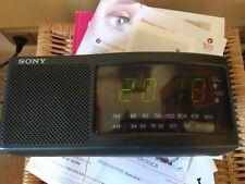 Radio reloj despertador Philips ICF-C740 numeros grandes y 2 alarmas