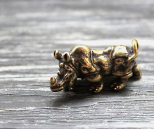 Brass Rhinoceros Pendants Necklace Bracelet Key Chain Pendant Zipper Head