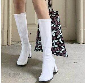 New Ellie Gogo Women's White Patent Leather Heels Midi Chunky Boots Size 10