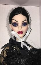 Full Moon Parnilla Evangeline Ghastly friend NRFB Tonner Wilde Imagination doll