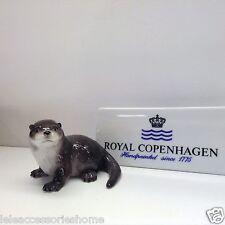 Royal Copenhagen Figurine - Lontra 2004 - Otter 2004 - Bing & Grondahl Statuina