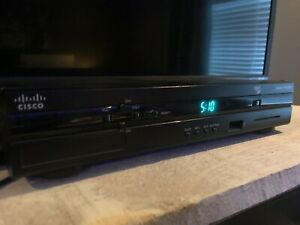Rogers cisco Explorer 4642HD Cable Box and Remote