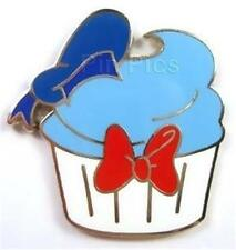 DONALD Duck BLUE With HAT ON TOP CHARACTER CUPCAKE DISNEY PIN