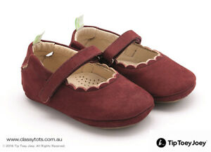 NEW Tip Toey Joey Baby Shoes - ROUNDY *SALE - LAST PAIR)