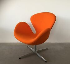 Fritz Hansen Schwan Arne Jacobsen Stoff Tonus orange Clubsessel