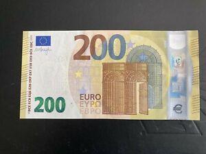 Rare 2019 Two Hundred Euro Banknote Mario Draghi Signature.