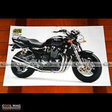 YAMAHA XJR 1200 (Présentation en 1993) - Poster Moto #PM1408