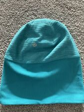 Lululemon Run It Out Toque Beanie Hat Reversible Hole For Ponytail