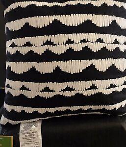 Kate Spade Decorative Pillow Scallop Row Black/White