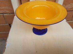 Australian art glass bowl signed !