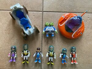 Lot of Disney Jr  EX2 5AZ (UK) by Tomy Toys--2 Space Cruisers and 7 Figures--EUC