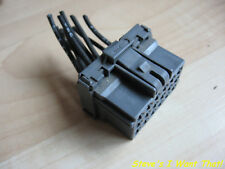 Volvo VNL Grey 18-pin Connector w/ Wiring for LCM Module #M266FW