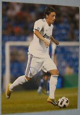 Mesut Ozil Arsenal / Read Madrid / Germany signed football picture