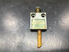 New Listingtelemecanique Ms02s03 00 Mini Limit Switch Plunger Type 40b5
