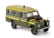 Brekina 13764 - 1/87 Land Rover 109 (Geschlossen) - Raf Mountain Rescue - Neu
