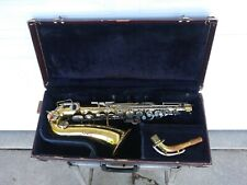BUESCHER ARISTOCRAT ALTO SAXAPHONE WITH CASE AND EXTRAS!   SN 397939 S-33